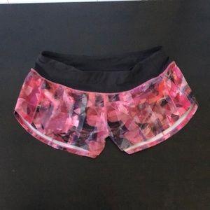 NWOT size 6 Lululemon shorts